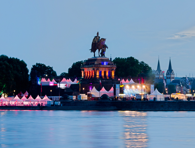 koblenz summer festival to rhein in flammen koblenz touristik. Black Bedroom Furniture Sets. Home Design Ideas